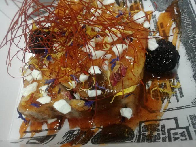 Bonito escabechado en moras zamoranas y vermut zamorano