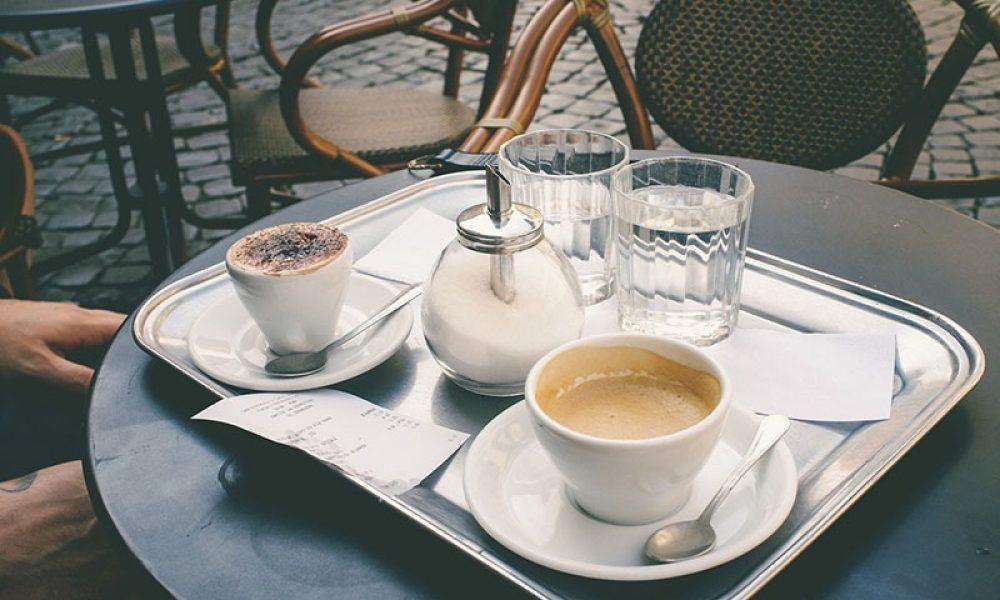Café en una terraza