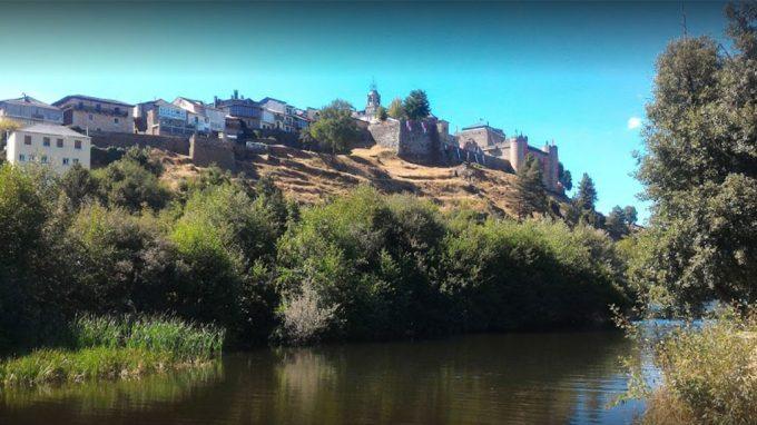 Vistas desde el Chiringuito del rio en Puebla de Sanabria