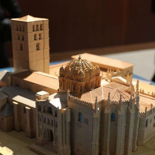 La Catedral y las 21 Iglesias románicas de Zamora en el Archivo Histórico.