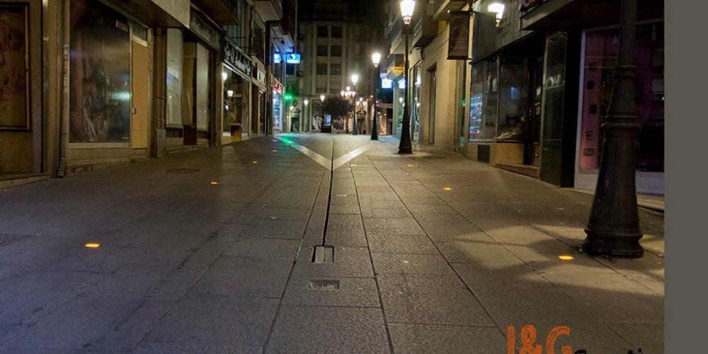 Mañueco cierra los establecimientos no esenciales a las 20:00.